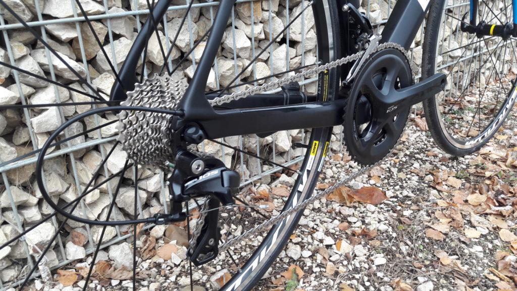 Btwin országúti kerékpár Ultra 900