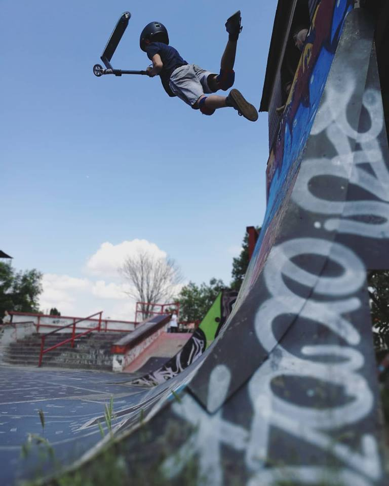 Akrobatikus és látványos trükkök a 10-12 éves kategóriában is