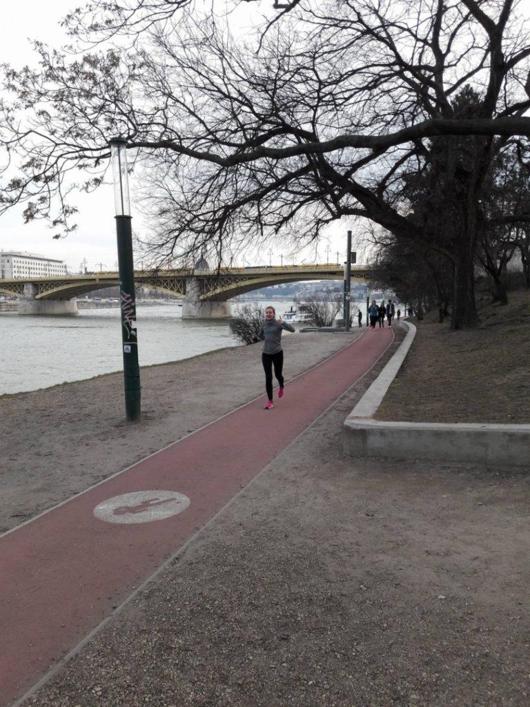 Közösségi futás a Margit-szigeten