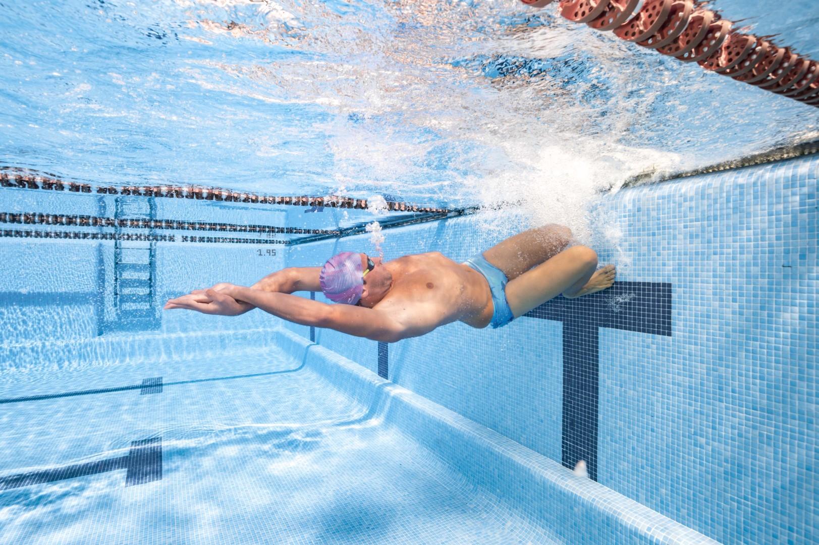 Hogyan segít az úszás a fogyásban?